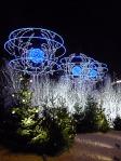 Illuminations dans Paris la nuit, avenue des Champs-Élysées,